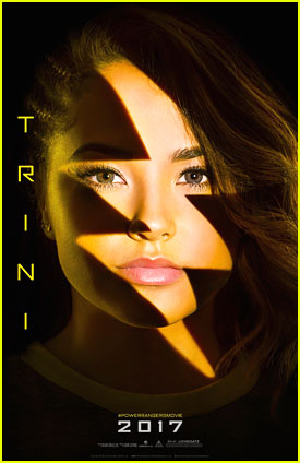 Becky G, Ludi Lin, RJ Cyler, Naomi Scott & Dacre Montgomery Get 'Power Rangers' Comic-Con Posters!