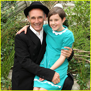 Ruby Barnhill Calls Steven Spielberg A Good Friend Ahead of 'The BFG' Premiere in London