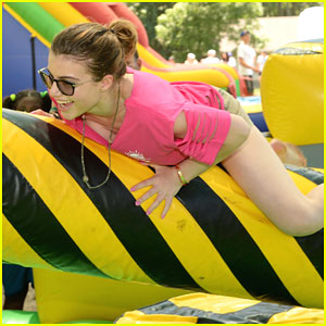 Sami Gayle Has Summer Fun With Kids at Sunrise Day Camp Carnival