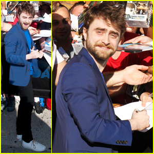 Daniel Radcliffe 'Really Doesn't Mind' Talking About 'Harry Potter'!