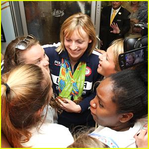 Katie Ledecky Gets Hero's Welcome Home In D.C.