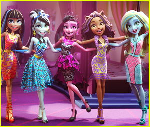 Draculaura, Frankie Stein & 'Monster High' To Make Big Screen Debut This Month - Watch A Clip!
