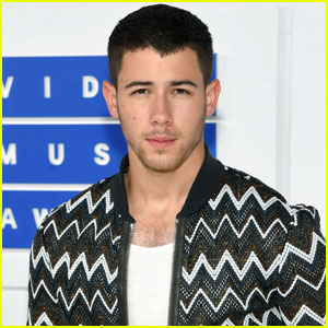 Nick Jonas Sings 'Bacon' at MTV VMAs 2016 - Watch Now!
