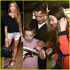 Paris Berelc & Nikki Hahn Play the Disney Mix App at JJJ Party!