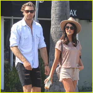 Pierson Fode Grabs Coffee With Co-Star Jacqueline Macinnes Wood