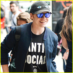 Rupert Grint Contradicts His 'Anti-Social' Shirt
