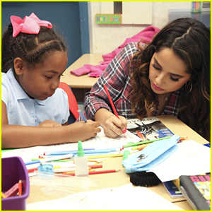 Becky G Helps Yoobi Donate School Supplies To Elementary School