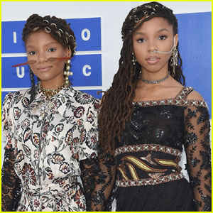 Chloe & Halle Attend Beyonce's Soul Train-Themed Birthday Bash!