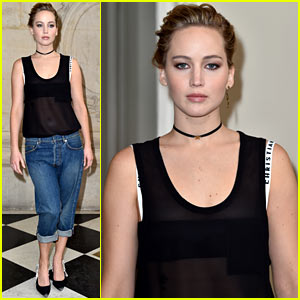 Jennifer Lawrence Kept it Casual at Dior Paris Fashion Show!