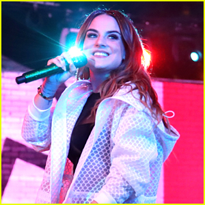 JoJo Performs 'FAB' At MTV's Wonderland - Watch The Vid!
