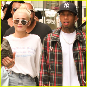 Kylie Jenner & Tyga Take a Shopping Break During NYFW