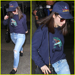 Lorde Arrives in LA After a Summer in New Zealand