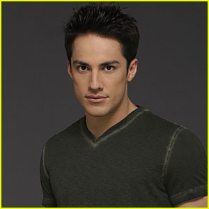 Michael Trevino is Set to Return to 'The Vampire Diaries' for Season 8!