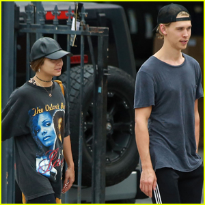 Vanessa Hudgens & Austin Butler Get Some Errands Done