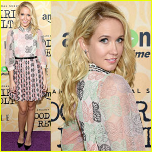 Anna Camp Hits the Red Carpet at 'Good Girls Revolt' Premiere in NYC