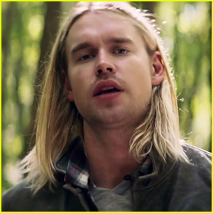 Chord Overstreet Debuts 'Homeland' Official Music Video - Watch Now!