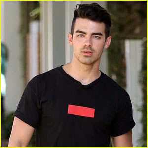 Joe Jonas Opens Up About How Much Things Have Changed Since the JoBro Days!