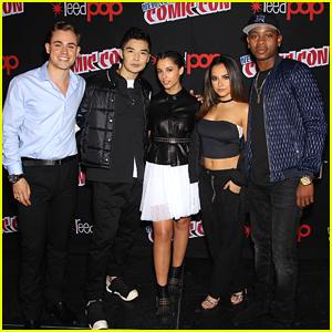 'Power Rangers' Movie Cast Hit NYCC & Reveal Villain Goldar Is Returning