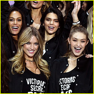 Gigi Hadid & Kendall Jenner Join Victoria's Secret Fashion Show Models for Group Photo!
