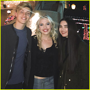 Landry Bender & Ricky Garcia Reunite With 'Best Friends Whenever' Co-Star Lauren Taylor!