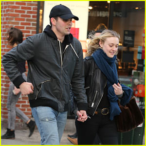 Dakota Fanning Might Have a New Boyfriend!