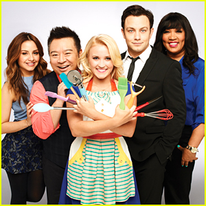 'Young & Hungry' Season Five: Here's Everything That's Happening
