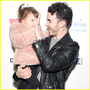 Kevin Jonas Takes Daughter Alena Rose To First Fashion Show