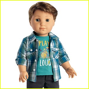 The New 'American Girl' Doll is a Boy - Meet Logan Everett!