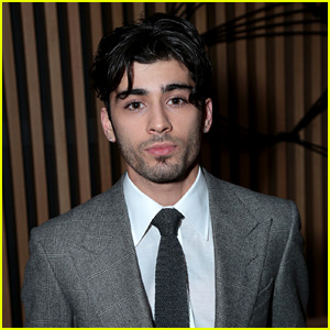Zayn Malik Looks So Handsome at 'Fifty Shades Darker' Premiere!