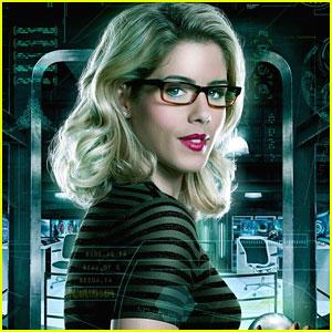 Felicity Could Meet Vigilante Before Everyone Else on �Arrow�