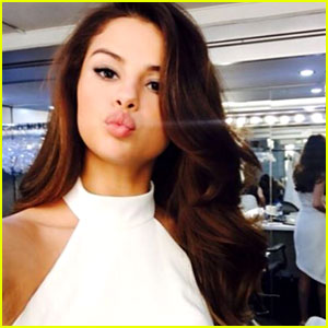 Selena Gomez is NOT the Most Followed Instagram Account -- See Who Is!