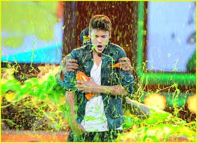 What is the kids choice awards slime made of 2017 kids choice the base was vanilla pudding applesauce oatmeal green food coloring and by the third day anything else that was on the obstacle course he explained ccuart Gallery