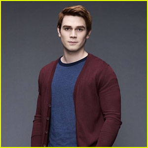 Riverdale's KJ Apa Has Finally Found His Celebrity Twin!