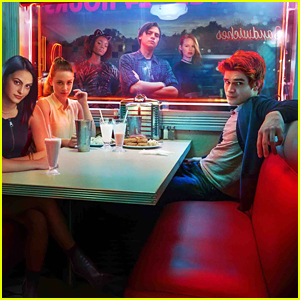 Which 'Riverdale' Cast Members Will Be at WonderCon & PaleyLiveLA? Here's The Full List!