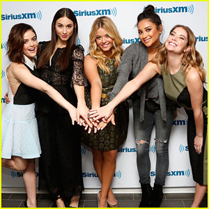'Pretty Little Liars' Stars Dish On Connecting With Fans & How 'PLL' Influenced Other Teen Shows
