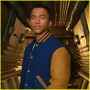 EXCLUSIVE: 'MECH-X4' Star Raymond Cham, Jr. Dishes On Season Finale: 'It Will Be Awesome'