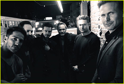 Michael Malarkey, Zach Roerig & Michael Trevino Just Had The Best 'Vampire Diaries' Reunion