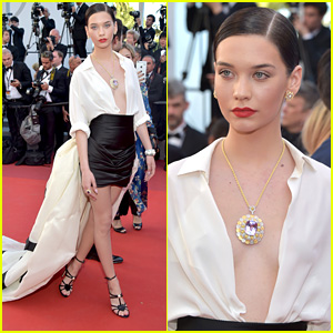 Amanda Steele Made A Huge Fashion Statement at Cannes Film Festival