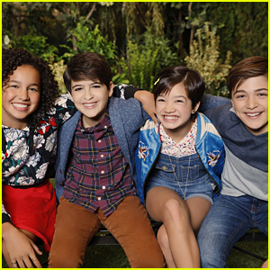 Peyton Elizabeth Lee, Sofia Wylie & 'Andi Mack' Cast Honor Their Moms On Mother's Day