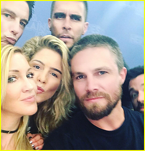 Emily Bett Rickards, Katie Cassidy & Stephen Amell Get The Best 'Arrow' Selfie Ever