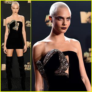Cara Delevingne Looks So Fierce with No Hair at MTV Awards 2017!