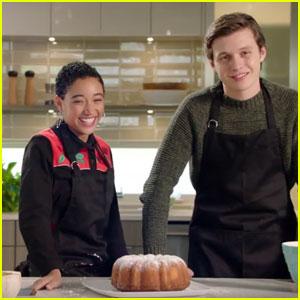 Amandla Stenberg & Nick Robinson Bake the 'Everything, Everything' Bundt Cake - Watch Now!
