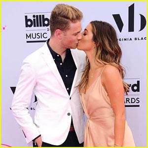 Lauren Elizabeth Kisses Boyfriend Cameron Fuller at the Billboard Awards 2017