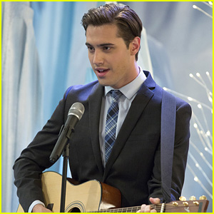 Ryan McCartan Reveals How Booking 'Liv & Maddie's Diggie Changed His Entire Life
