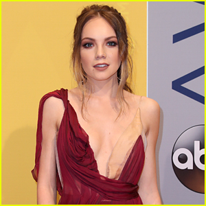 Danielle Bradbery Teases The Lyrics To New Single 'Sway'