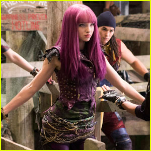 Dove Cameron Kept One Very Special Item From the 'Descendants 2' Set (Exclusive)