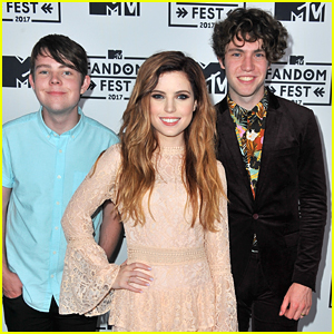 Echosmith Performs 'Goodbye' For The First Time at MTV Fandom Awards 2017