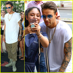Liam Payne's Shirtless 'Strip That Down' Performance Drives Fans Crazy - Watch Now!