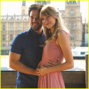 Nathan Kress & Wife London Expecting First Child Together - See Her Baby Bump!