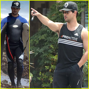 Taylor Lautner Catches Waves & Lunch With Friends